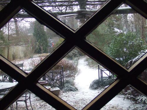Snow back door window085_ret