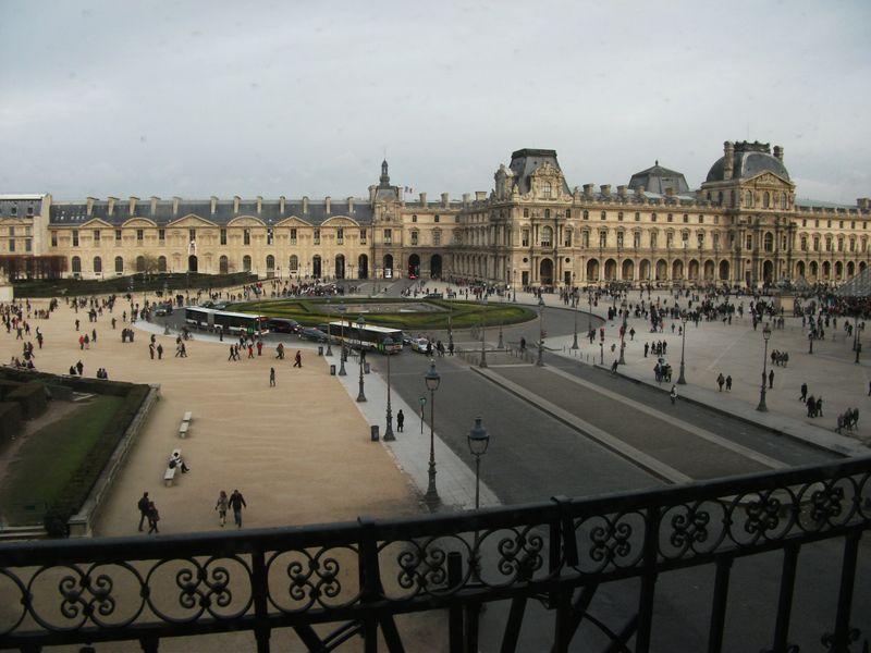 Parislouv0780