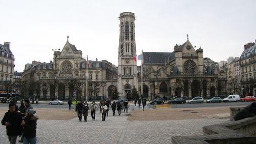 Parislouvchurches0742